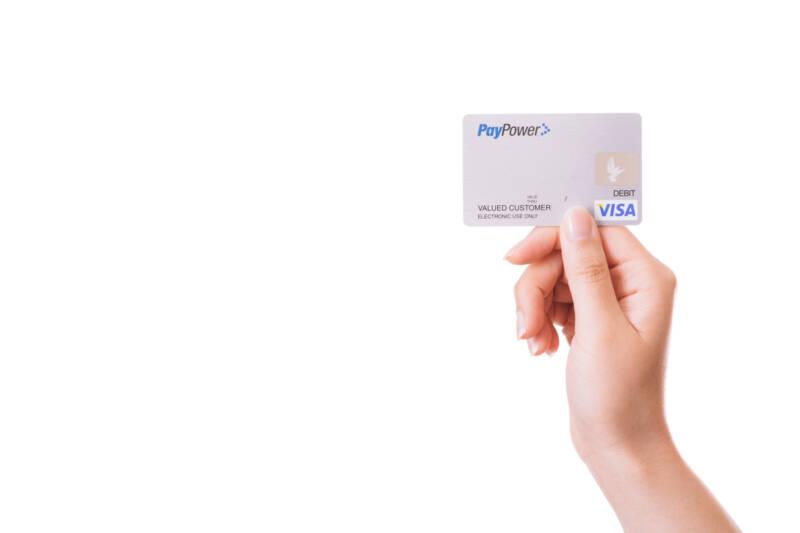 ココナラのサービス購入はクレジットカード決済がオススメ