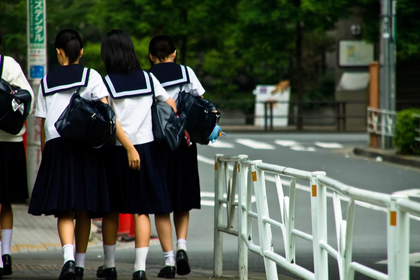 中学生のイメージ画像