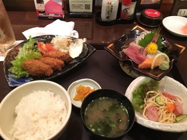 刺身とカキ定食