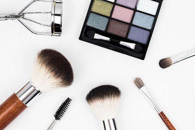 makeup-toos
